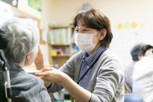 看護職員【中途採用・正職員】